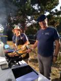 08092018 pierre et michel au barbecue 1
