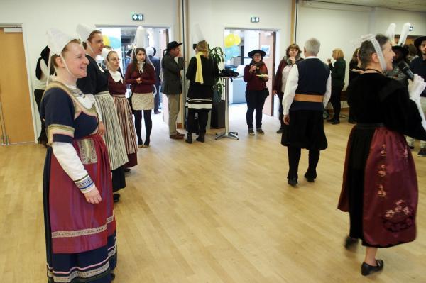13022018 presentation des costumes les glazik