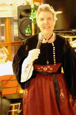 20032018 soaz en costume de guemene sur scorff