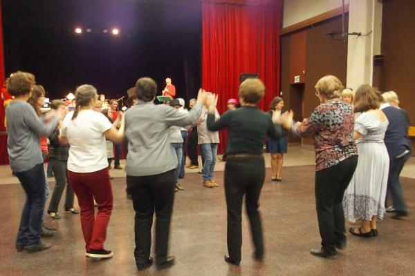 Danses en ronde