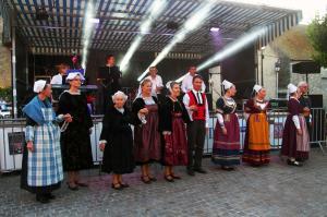 Danseurs et musiciens de koroll breizh a houdan