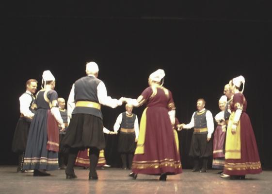 13 danseurs de Koroll